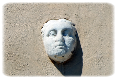 THE-MARBLE-HEAD-OF-THE-NAVONA-SQUARE